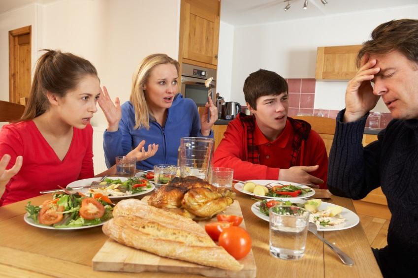 discussão entre família
