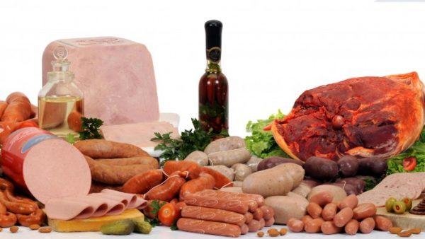 alimentos embutidos salame, salsicha, calabresa, presunto, mortadela, salaminho, linguiça